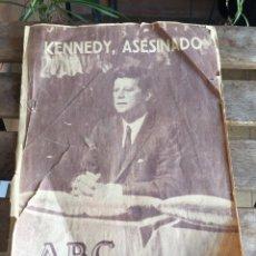 Coleccionismo de Los Domingos de ABC: ABC KENNEDY ASESINADO. NOVIEMBRE 1963. ASESINATO JFK. EL PAÍS. EL MUNDO. PRONTO.. Lote 182102541