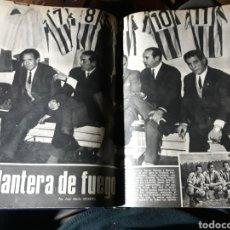 Coleccionismo de Los Domingos de ABC: LA DELANTERA DE FUEGO DEL ATHLETIC DE BILBAO. 7 PAGINAS AÑO 1969. Lote 191013366