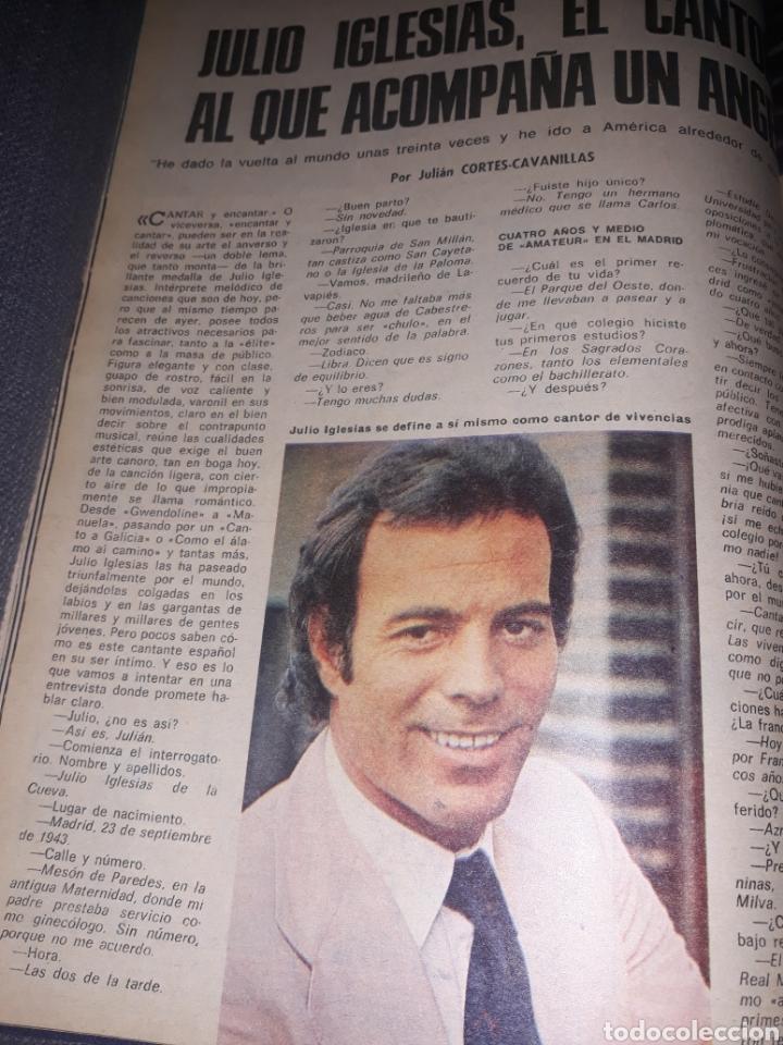 JULIO IGLESIAS , EL CANTOR AL QUE ACOMPAÑA UN ÁNGEL. 4 PAGINAS . AÑO 1975 (Coleccionismo - Revistas y Periódicos Modernos (a partir de 1.940) - Los Domingos de ABC)