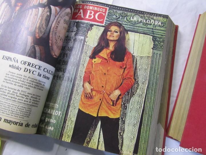 Coleccionismo de Los Domingos de ABC: 2 tomos encuadernados con 50 números de Los domingos de ABC, 1968, 1971, 1972 - Foto 11 - 198570228