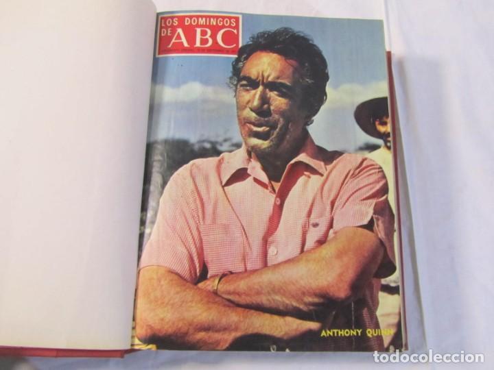Coleccionismo de Los Domingos de ABC: 2 tomos encuadernados con 50 números de Los domingos de ABC, 1968, 1971, 1972 - Foto 13 - 198570228