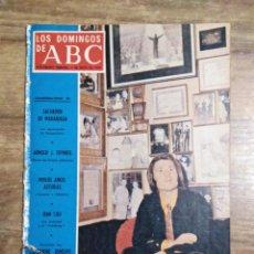 Colecionismo de Los Domingos de ABC: MFF.- LOS DOMINGOS DE ABC.- 5 MAYO 1974.- RAPHAEL HOY, TREINTA Y UN AÑOS.- CATHERINE DENEUVE.-. Lote 228579255