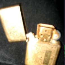 Mecheros: ENCENDEDOR ZIPPO DE GASOLINA, DORADO Y LABRADO, MADE IN USA. Lote 26338552