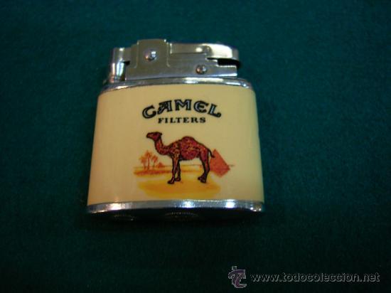 MECHERO DE GASOLINA PUBLICIDAD TABACO CAMEL (Coleccionismo - Objetos para Fumar - Mecheros)