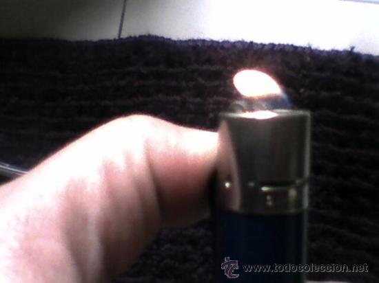 Mecheros: Antiguo mechero Clipper azul opaco con regulador funcionando - Foto 6 - 36577119
