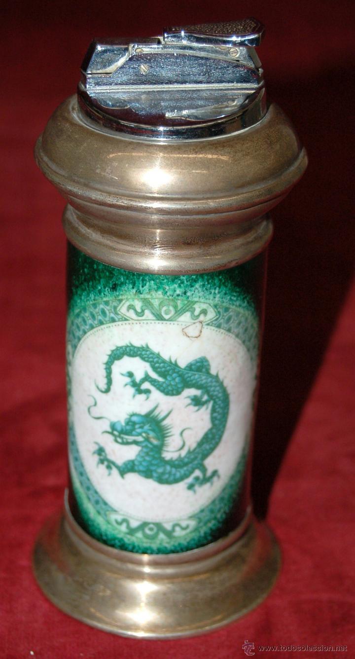 MECHERO DE SOBREMESA EN PLATA Y ESMALTE DE LIMOGES. CIRCA 1950-60 (Coleccionismo - Objetos para Fumar - Mecheros)