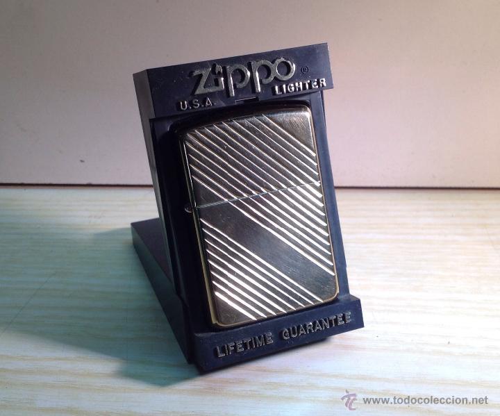 ZIPPO DORADO SERIE F VI BRADFORD.P.A. MADE IN USA (Coleccionismo - Objetos para Fumar - Mecheros)