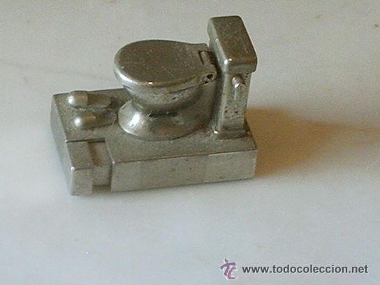MECHERO DE GAS WATER DE METAL ANTIGUO (Coleccionismo - Objetos para Fumar - Mecheros)