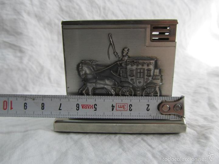 Mecheros: Mechero alemán de sobremesa Augusta Patent Carroza victoriana - Foto 3 - 142595269