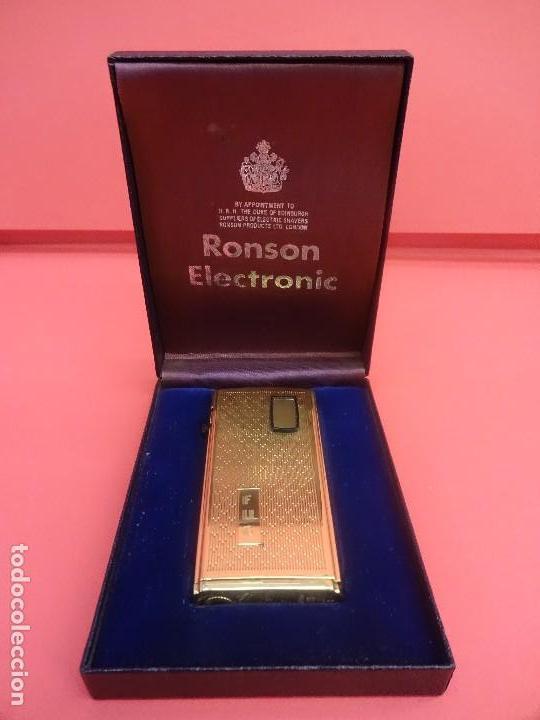 ANTIGUO MECHERO RONSON ELECTRONIC EN CAJA ORIGINAL. (Coleccionismo - Objetos para Fumar - Mecheros)