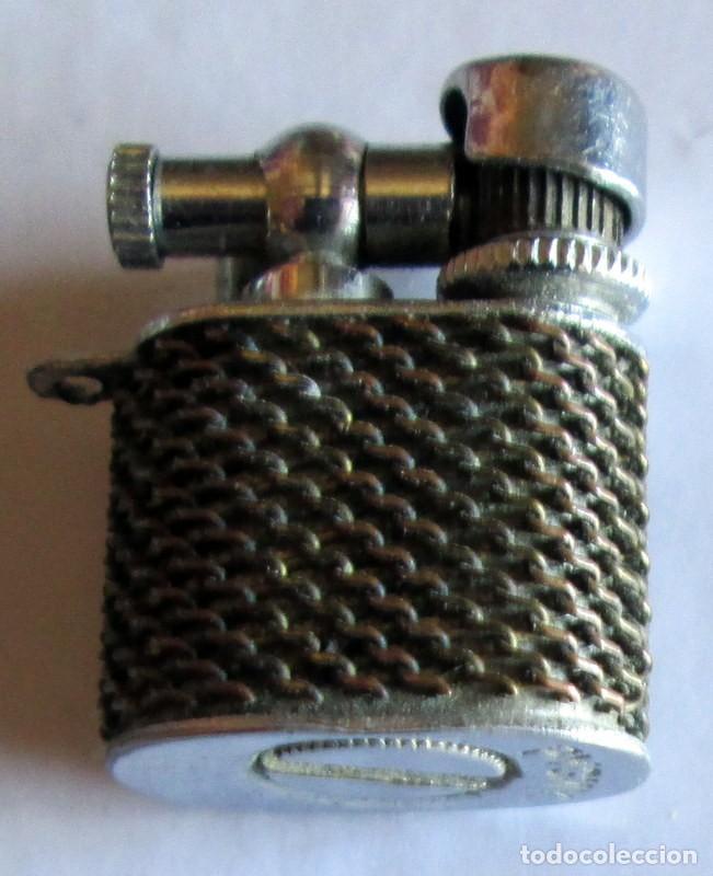MECHERO MINI MARCA PYGMY- 12 X 7 MM (Coleccionismo - Objetos para Fumar - Mecheros)