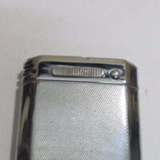 Isqueiros: MECHERO FUMALUX FL400 DE GASOLINA - CON LINTERNA. Lote 126574467