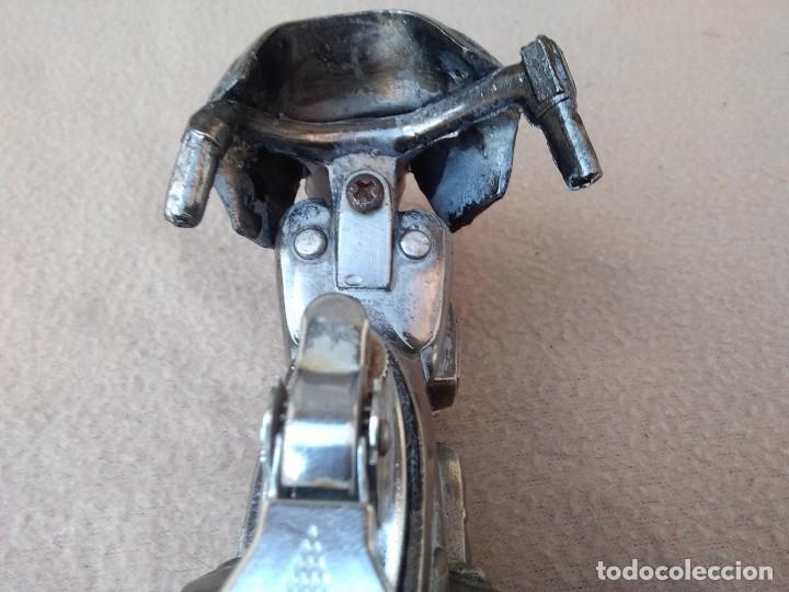 Mecheros: Mechero de mesa (moto de metal) piedra nueva per pierde el gas. Cambiar gomas. (Japón) - Foto 6 - 130408526