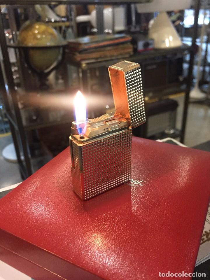 MECHERO/ENCENDEDOR A GAS DUPONT PLAQUE ORO CON ESTUCHE DE LOS AÑOS 80 (Coleccionismo - Objetos para Fumar - Mecheros)