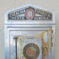 Mecheros: ANTIGUO CARGADOR DE MECHEROS DE GASOLINA QUE ESTABA EN LOS BARES, AÑOS 40. Lote 140616250
