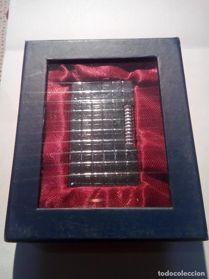 MECHERO DE COLECCIÓN (Coleccionismo - Objetos para Fumar - Mecheros)