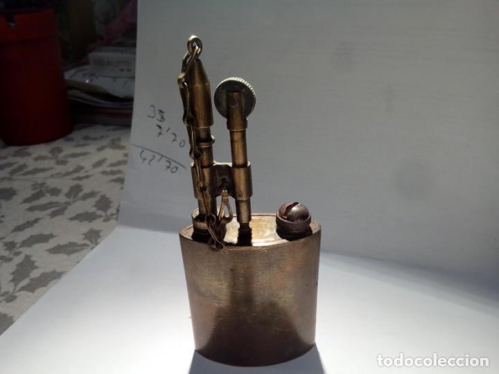 MECHERO DE GASOLINA LLEVA GRABADO CFE 160 (Coleccionismo - Objetos para Fumar - Mecheros)