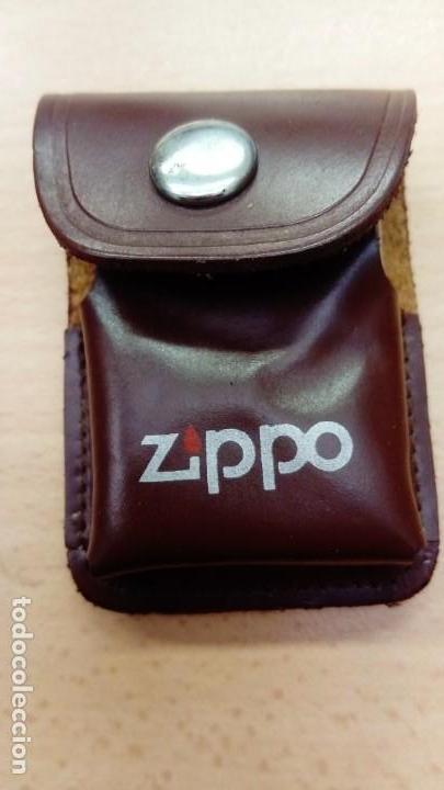 FUNDA MECHERO ZIPPO + MECHERO TIPO ZIPPO (Coleccionismo - Objetos para Fumar - Mecheros)