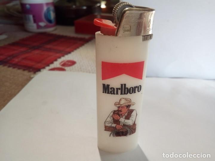 MECHERO PUBLICIDAD MALBORO (Coleccionismo - Objetos para Fumar - Mecheros)