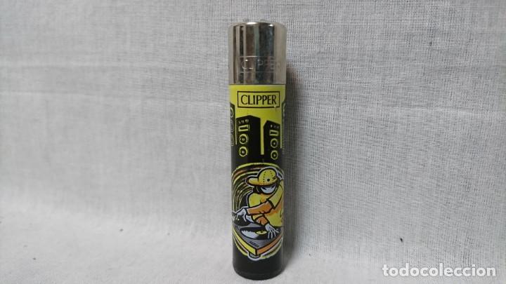 MECHERO CLIPPER RASCADOR REDONDO (Coleccionismo - Objetos para Fumar - Mecheros)