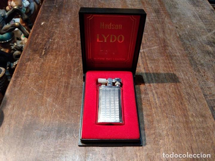 MECHERO / ENCENDEDOR HADSON LYDO GAS CON CAJA ORIGINAL, FUNCIONANDO (Coleccionismo - Objetos para Fumar - Mecheros)