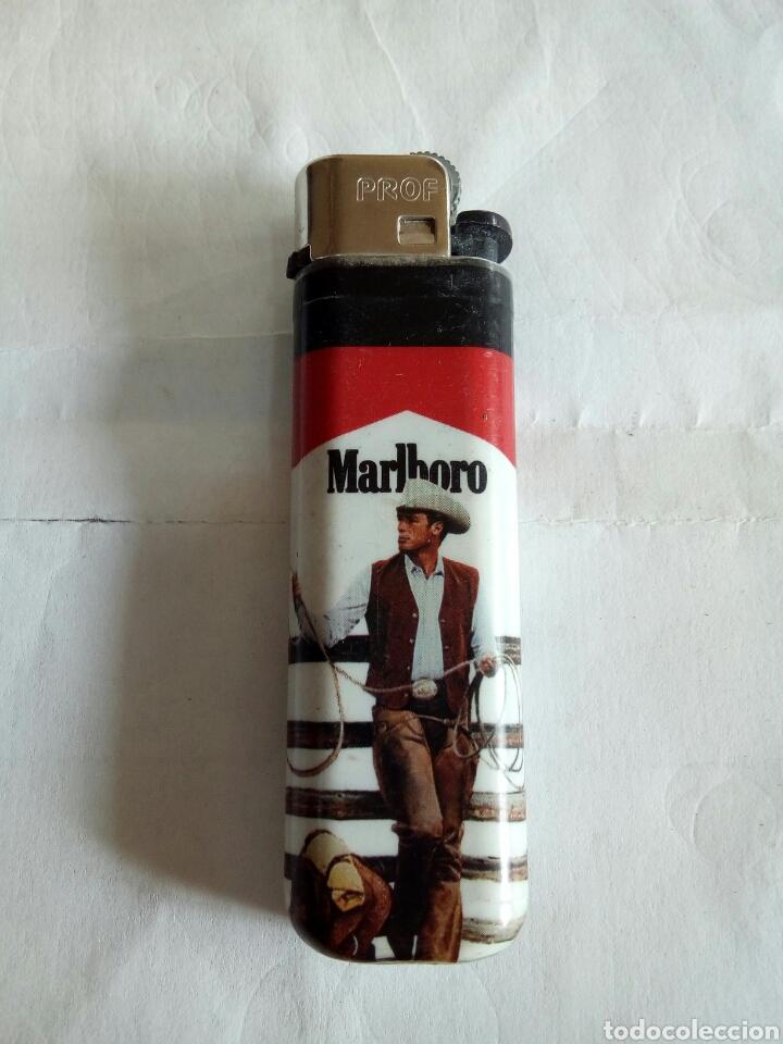 MECHERO DE PUBLICIDAD DE TABACO MALBORO (Coleccionismo - Objetos para Fumar - Mecheros)