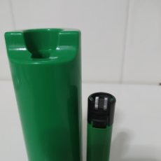 Mecheros: PORTA MECHERO FLAMAGAS CLIPPER+ MECHERO RASCADOR REDONDO SIN REGULADOR COLOR VERDE. Lote 177078610