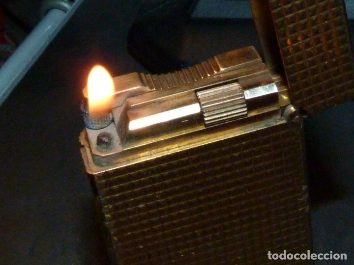 PRECIOSO ENCENDEDOR S.T. DUPONT ELEGANTE MECHERO CHAPADO EN ORO 20 MICRAS MADE IN FRANCE (Coleccionismo - Objetos para Fumar - Mecheros)