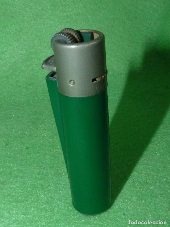 Mecheros: Buscado mechero Clipper regulador verde oscuro opaco rascador redondo encendedor vintage - Foto 2 - 181903277
