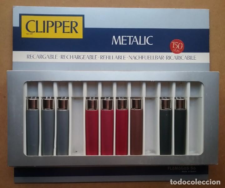 CLIPPER METALIC REGULABLE ENCENDEDOR LOTE 9 FLAMAGAS CAJA DISPLAY PUBLICIDAD (Coleccionismo - Objetos para Fumar - Mecheros)