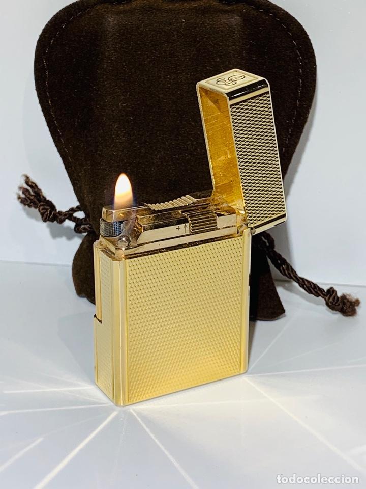 S.T. DUPONT ENCENDEDOR / BRIQUET / LIGHTER. PLAQUÉ / GOLD PLATED. '60/70S. FUNCIONANDO. (Coleccionismo - Objetos para Fumar - Mecheros)