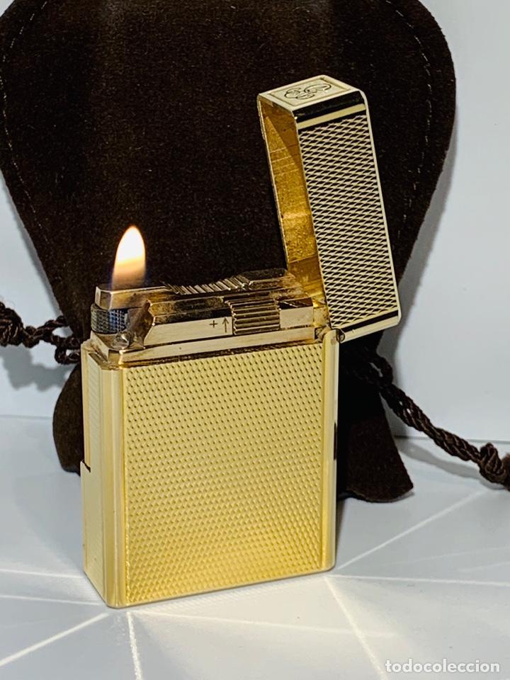 Mecheros: S.T. DuPont Encendedor / Briquet / Lighter. Plaqué / Gold Plated. '60/70s. Funcionando. - Foto 24 - 195332630
