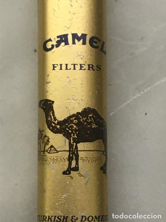 Mecheros: Mechero publicitario cigarrillos Camel filters, metálico, mide 8 cms. lleva piedra, no tiene gas. - Foto 2 - 254306075