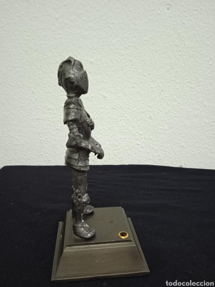Mecheros: Original mechero de sobremesa con una figura de un soldado de metal regiones handicraft - Foto 3 - 262962455