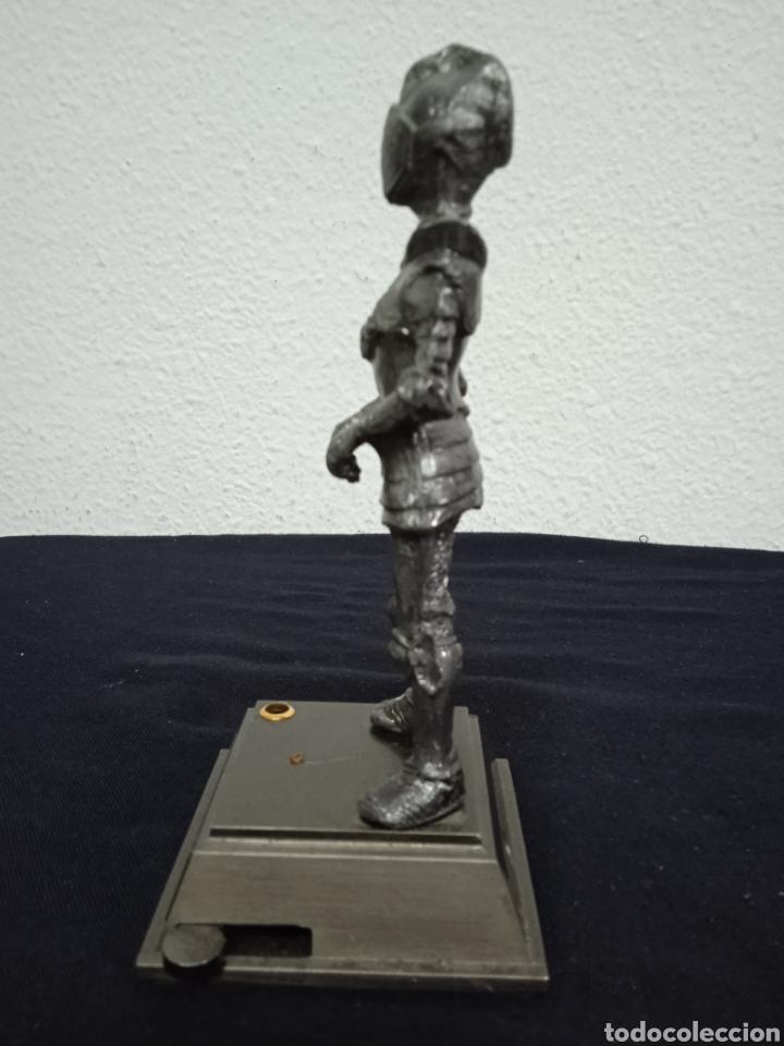 Mecheros: Original mechero de sobremesa con una figura de un soldado de metal regiones handicraft - Foto 5 - 262962455
