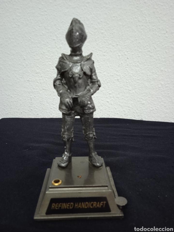 Mecheros: Original mechero de sobremesa con una figura de un soldado de metal regiones handicraft - Foto 6 - 262962455
