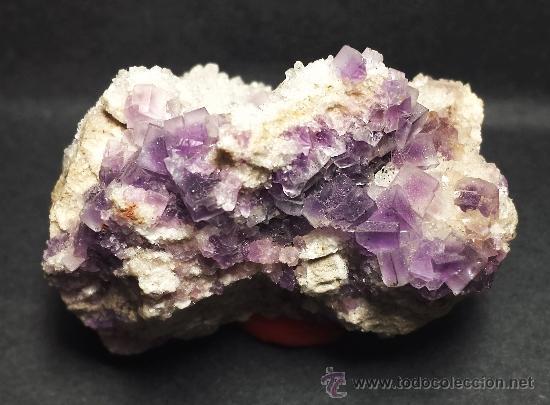 Coleccionismo de minerales: *** MAGNÍFICOS CRISTALES DE FLUORITA VIOLETA SOBRE CUARZO (BERBES, ASTURIAS) *** - Foto 2 - 39152854