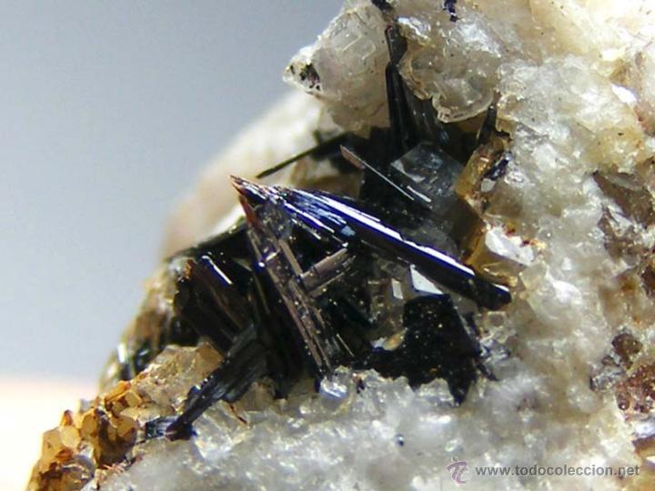 Coleccionismo de minerales: FD MINERALES: GOETHITA ACICULAR SOBRE CUARZO - GUADALAJARA - GUAD 8 - Foto 10 - 45160475