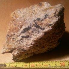 Coleccionismo de minerales: PEGMATITA CON TURMALINAS. CABO DE CREUS (GIRONA). Lote 46198868