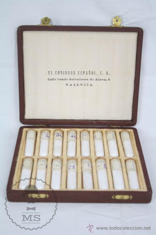 Coleccionismo de minerales: Antiguos Muestrarios de Corindón Español - Mineral - Primera Mitad S XX - Estuches P. Settier - Foto 2 - 48640437