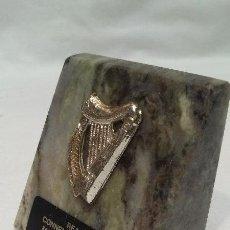 Coleccionismo de minerales: PISAPAPELES DE MARMOL DE IRLANDA - REAL CONNEMARA MARBLE - MADE IN IRLAND . Lote 51068212