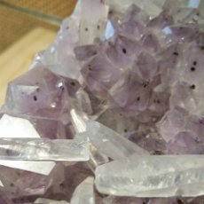 Coleccionismo de minerales: DRUSA DE AMATISTA CON CUARZOS. Lote 55373101
