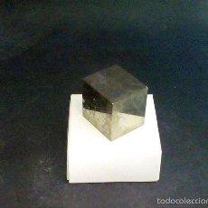 Coleccionismo de minerales: PIRITAS - CUBO DE PIRITA - ESPAÑA . Lote 57385683