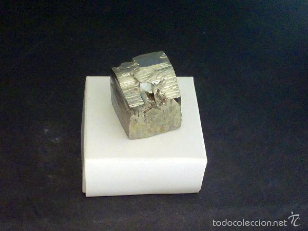 Coleccionismo de minerales: PIRITAS - CUBO DE PIRITA CON MACLA - ESPAÑA - Foto 2 - 107378684