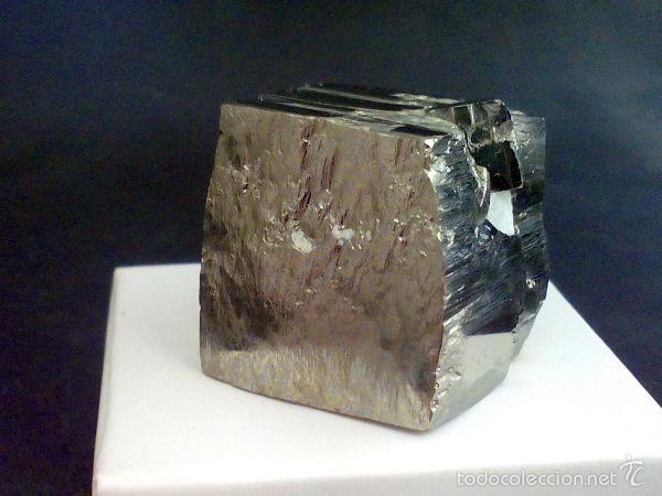 Coleccionismo de minerales: PIRITAS - CUBO DE PIRITA CON MACLA - ESPAÑA - Foto 6 - 107378684