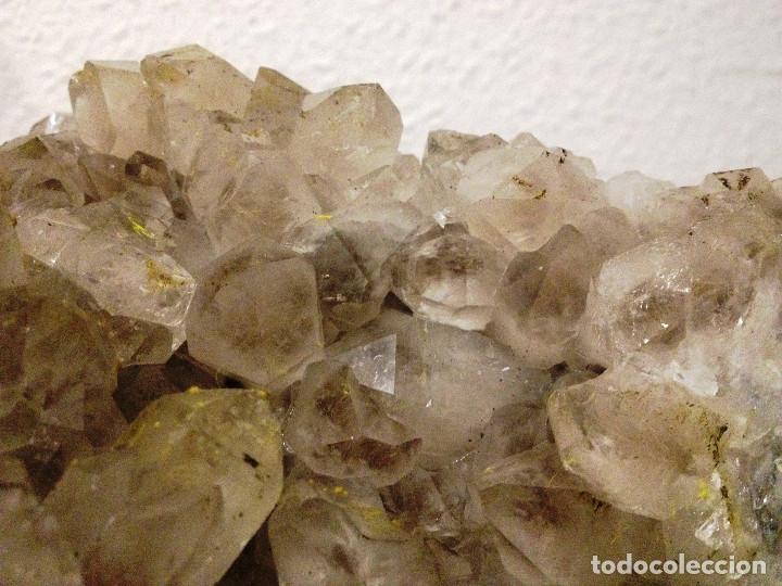 Coleccionismo de minerales: Drusa de cuarzo amatista malva claro- Procedencia La Unión- España- - Foto 3 - 63158176