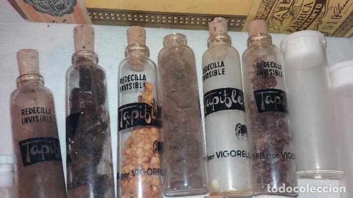 Coleccionismo de minerales: LOTE COLECCION DE PIEDRAS, BOTES TARROS DE CRISTAL Y PLASTICO , ENTRA TODO. - Foto 4 - 66773906