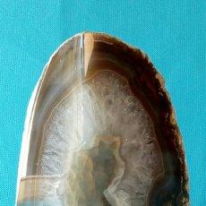 Coleccionismo de minerales: PIEDRA DE BRASIL. PESO: 1,5 KG. AÑOS 80-90.. Lote 67865053