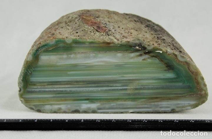 ÁGATA PULIDA. YACIMIENTO LA LIMEÑA ARTIGAS. URUGUAY. PESO 854 GR. DIMENSIONES 130 X 60 MM (Coleccionismo - Mineralogía - Otros)