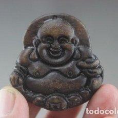 Coleccionismo de minerales: CHINA - TALLA DE JADE MARRON - BUDA DE LA SUERTE - ECHO A MANO - AMULETO IMPORTADO DE CHINA. Lote 70164781